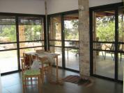 חלונות מעוצבים לבתים פרטיים